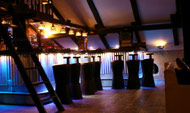 Lounge & Nightclubs